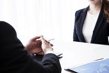 借地権付き建物の売却は可能?借地権とは?売却方法やトラブル事例を解説